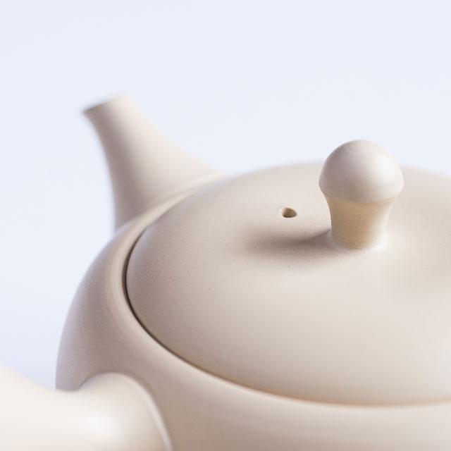 White Tokoname Tea Pot Close Up